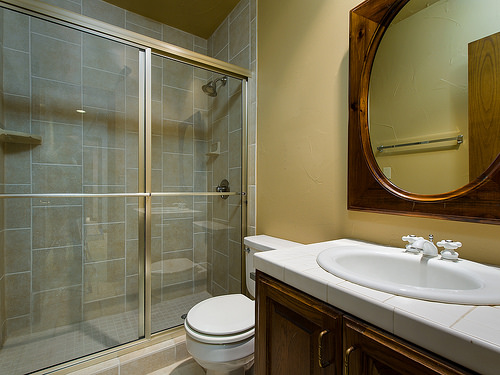 Should You Go For Fully Tiled Or Half Tiled Bathroom Walls